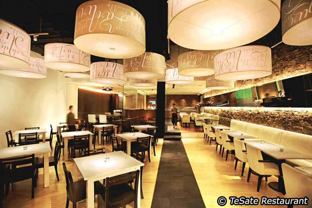 best eateries in pune, best eateries in bandra, best eateries near me