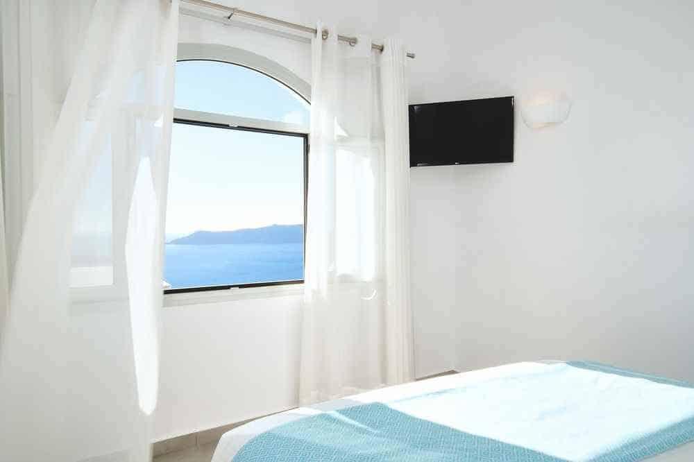 Agali Houses Santorini, Agali Houses hotel rooms, family-friendly hotels in Santorini Greece