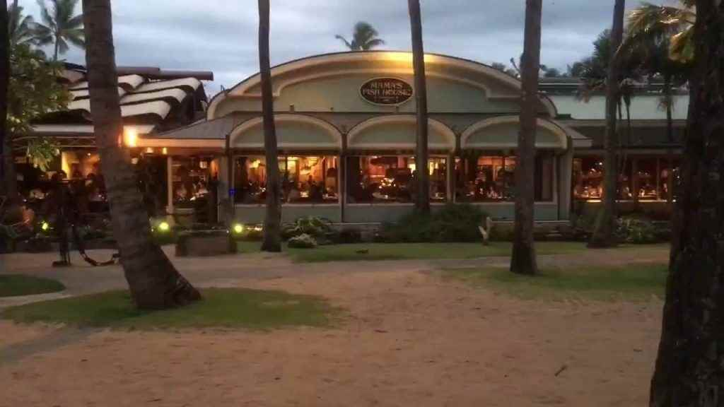 Mama's Fish House Paia Hawaii, seafood-driven Hawaiian menu, Mama's Fish House ocean view