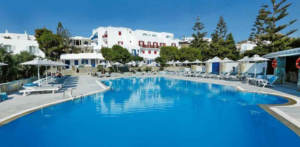 Hotel Kamari pool, Hotel Kamari Mykonos, Kamari family-friendly hotel