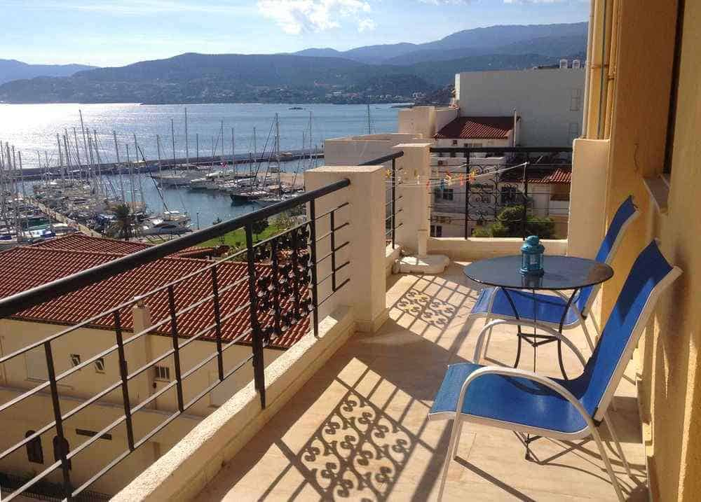 Mantraki Hotel Apartments port view, Mantraki Hotel Crete rooms, Mantraki Hotel family rooms