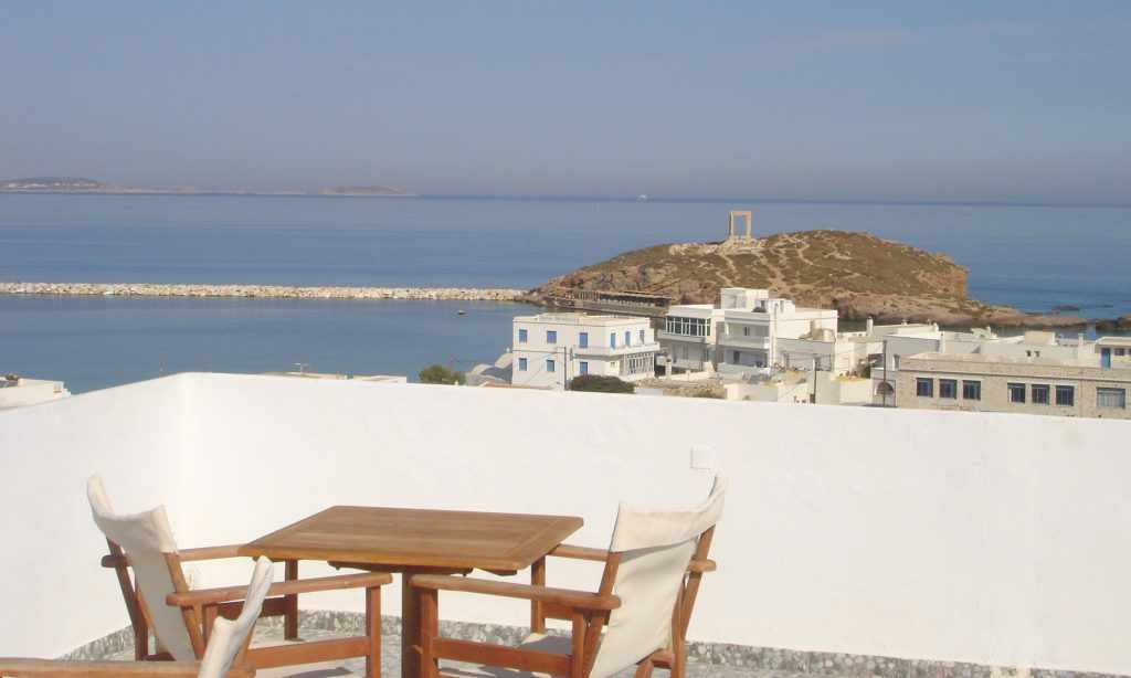 Panorama Hotel Naxos, Panorama Hotel to Naxos port, family rooms with living areas