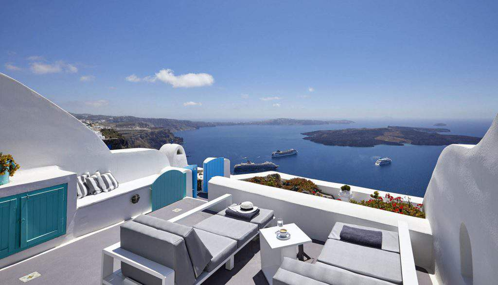 day dream luxury suites reviews,dream luxury suites santorini booking,dreams luxury suites santorini wedding
