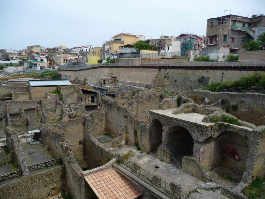 herculaneum and pompeii tour, herculaneum and pompeii in one day