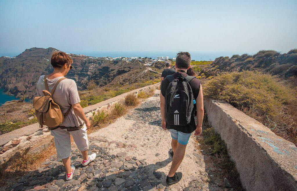 best time to hike from fira to oia, hike from fira to oia or oia to fira