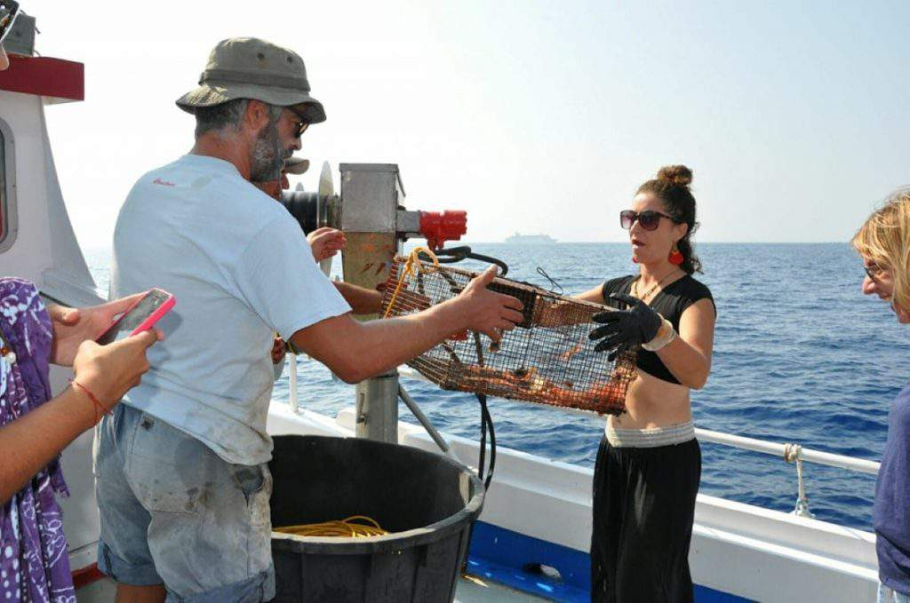 Giorgaros Fishing tour, giorgaros fishing tours santorini