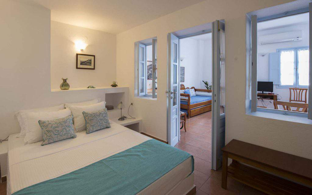 kastro oia houses tripadvisor,kastro oia houses booking,kastro oia houses review