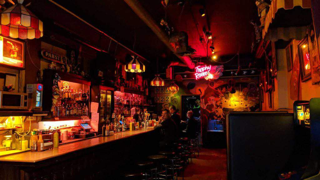 shorty's pinball bar seattle, shorty's seattle happy hour