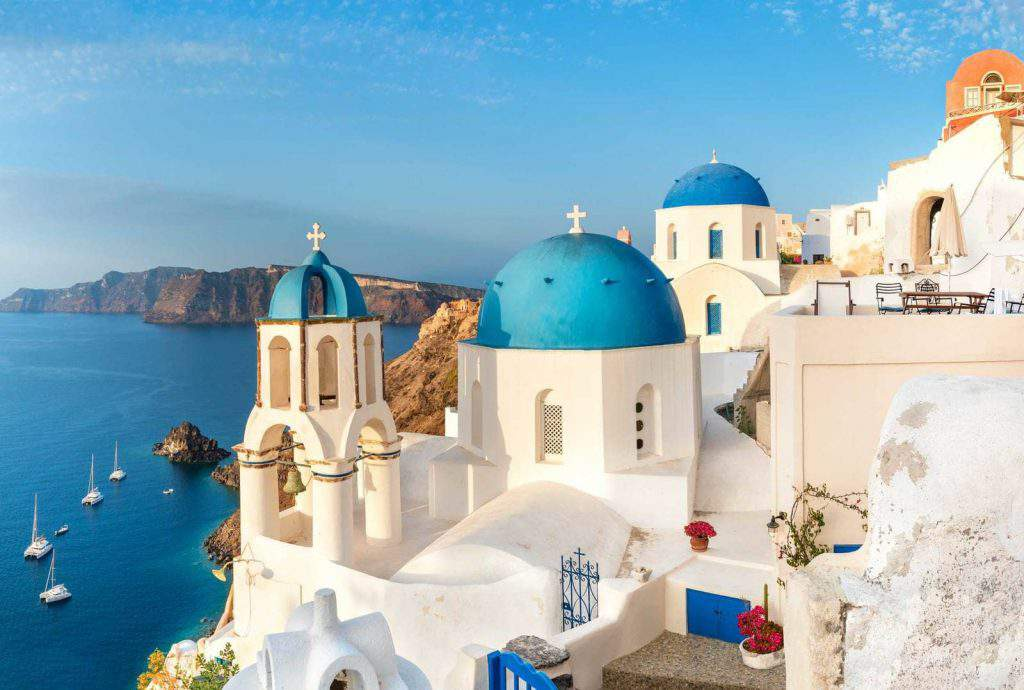 where is santorini island, where is santorini located in greece
