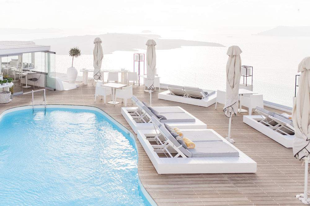 sun rocks hotel booking,sun rocks experience suite,sun rocks santorini reviews