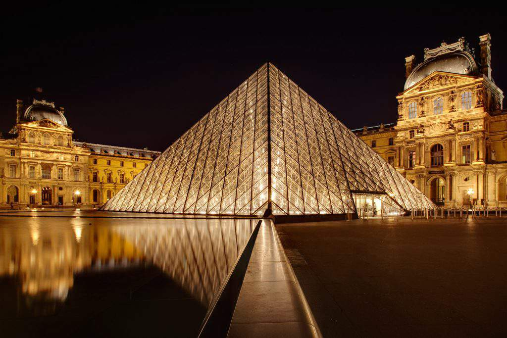 louvre museum in paris, louvre museum tour, louvre museum attractions
