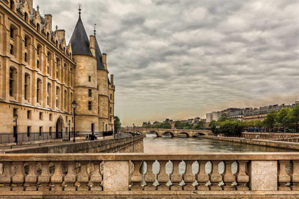 the conciergerie facts, visiting the conciergerie